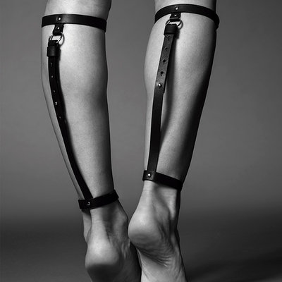 Maze Leg Garter